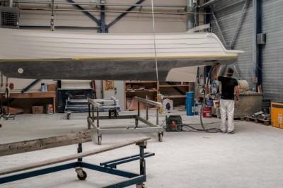Polyesterslijper jachtbouw